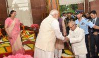 The Prime Minister, Shri Narendra Modi at the farewell ceremony of the President, Shri Pranab Mukherjee, at Central Hall of the Parliament, in New Delhi on July 23, 2017. The Speaker, Lok Sabha, Smt. Sumitra Mahajan is also seen.